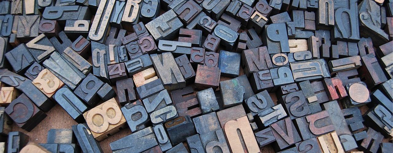 Egyedi betűkészletek formátumai és beágyazása a weboldalunkba